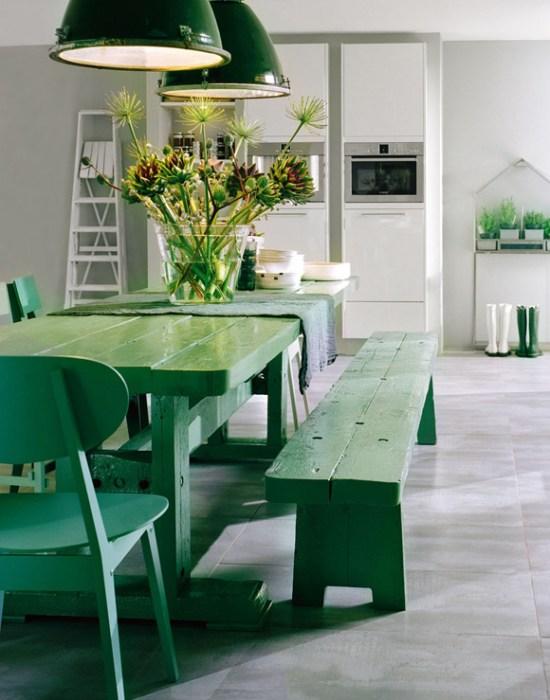 Decorar un salón con verde.
