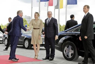 Princely visit to Stuttgart: H.S.H. Prince Albert II of Monaco and H.S.H. Princess Charlène visit Mercedes-Benz Museum. Photo Mercedes-Benz.