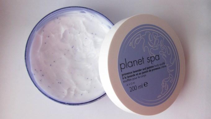 Avon-Plane-Spa-provence-lavender-and-jasmine-body-souffle-inside