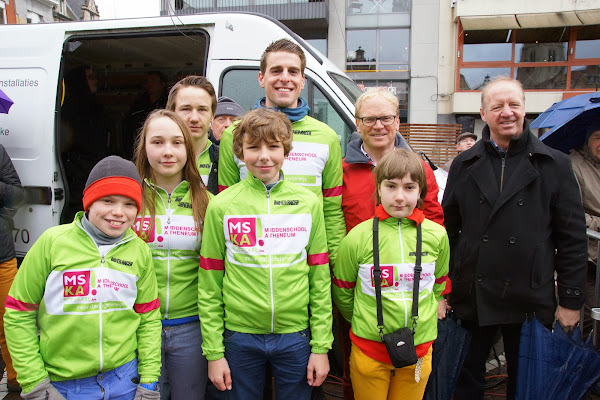 de fietsers van MSKA Roeselare