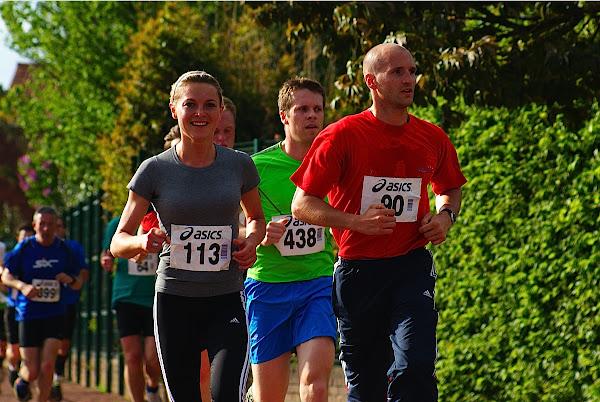 Isabelle Vincke en Kobe Vandekerkhove, 10 km prestatieloop, Krottegemse Corrida 2013, Roeselare Loopt
