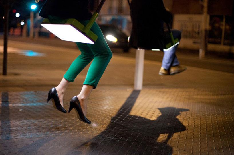 *21 Balançoires趣味街道裝置藝術:會發出音樂旋律的鞦韆! 1