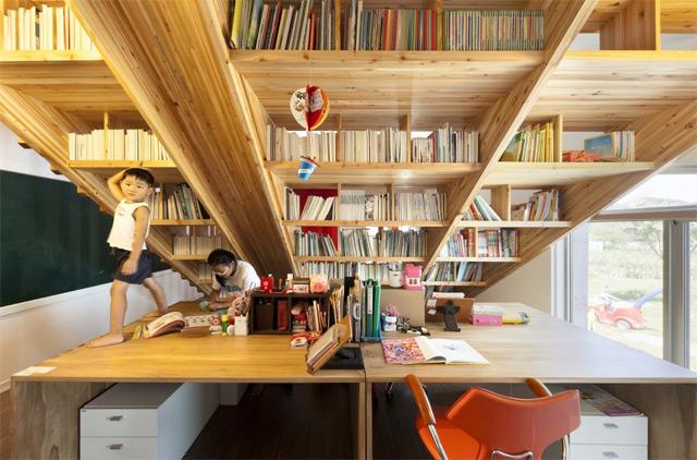 *首爾 Moon Hoon 全景六角形建築設計:溜滑梯+樓梯+書櫃強大結合! 6