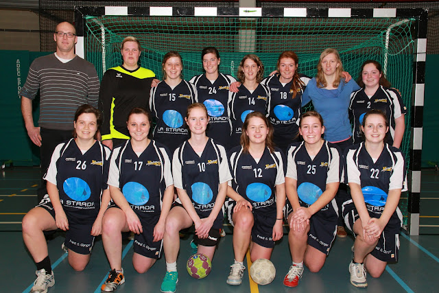 Ploegfoto Knack Handbal damesteam 2014-2015