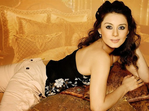 Minissha Lamba Photos