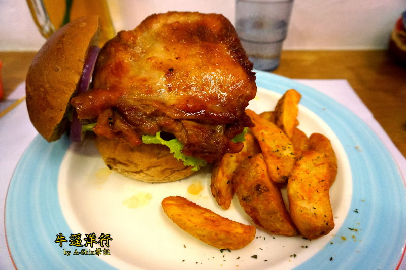 牛逼洋行|享受豪邁咬漢堡的快感!阿果已經把形象丟一邊了,都是牛逼洋害造成的~