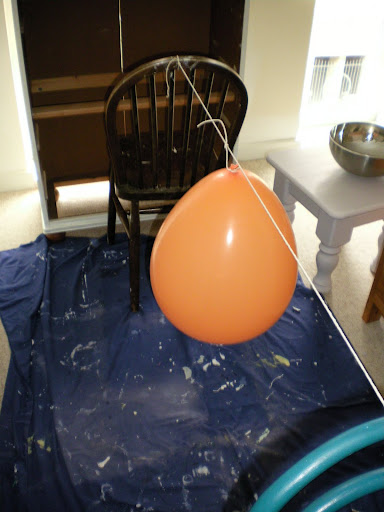 Project Thirty Seven: How to Make an Awesome Lampshade using String, a Balloon, and PVA Glue (3/6)