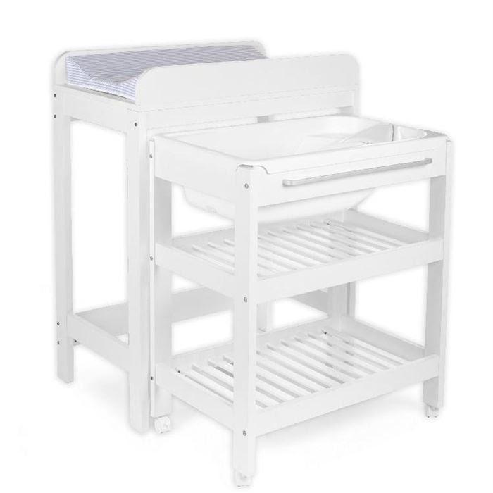 Table Et Chaises De Terrasse Baignoire Avec Table A Langer