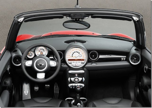 Mini-John_Cooper_Works_Convertible_2010_1600x1200_wallpaper_19