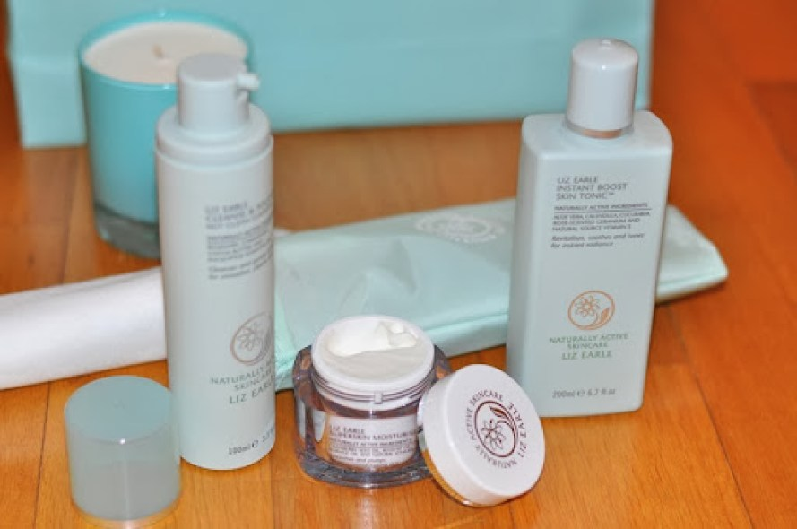 Liz-Earle-Naturally-Active-Skincare-inglese