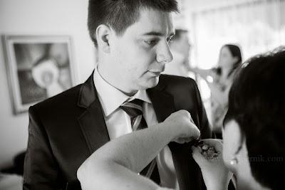 porocni-fotograf-wedding-photographer-poroka-fotografiranje-poroke- slikanje-cena-bled-slovenia-ljubljana-bled-hochzeitsfotografho (15).jpg
