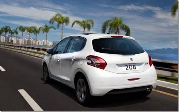 Peugeot 208 2014 (9)