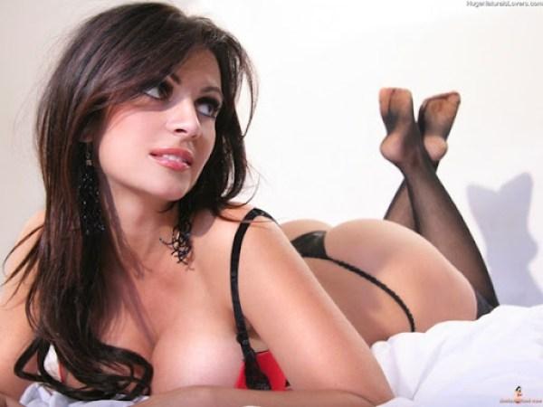 Denise Milani 8