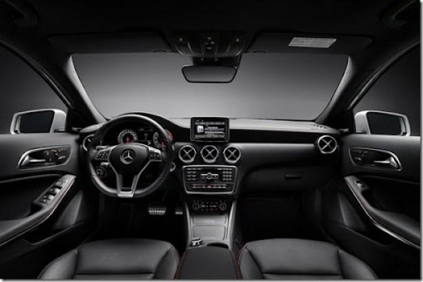 2012-Mercedes-Benz-A-Class-40[2]