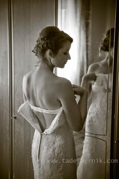 porocni-fotograf-wedding-photographer-ljubljana-poroka-fotografiranje-poroke-bled-slovenia- hochzeitsreportage-hochzeitsfotograf-hochzeitsfotos-hochzeit  (15).jpg