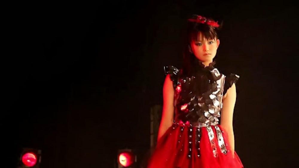 Nakamoto Suzuka (SU-METAL) – Benitsuki - Akatsuki- (en vivo)_13