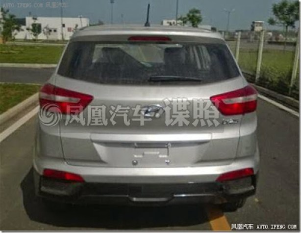 Hyundai-ix25-production-model-spied-rear