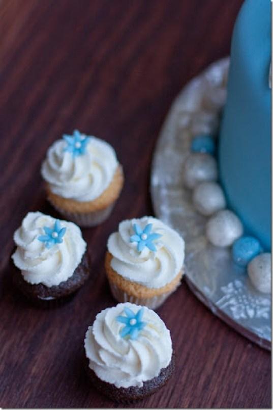 Astounding Cinderella Cake Cupcakes Let The Baking Begin Funny Birthday Cards Online Drosicarndamsfinfo