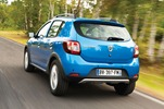 2013-Dacia-Sandero-Stepway-2