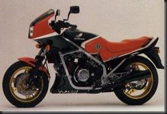 Honda VF750F 83 3