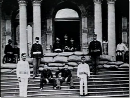 Cannon on the steps of Iolani palace