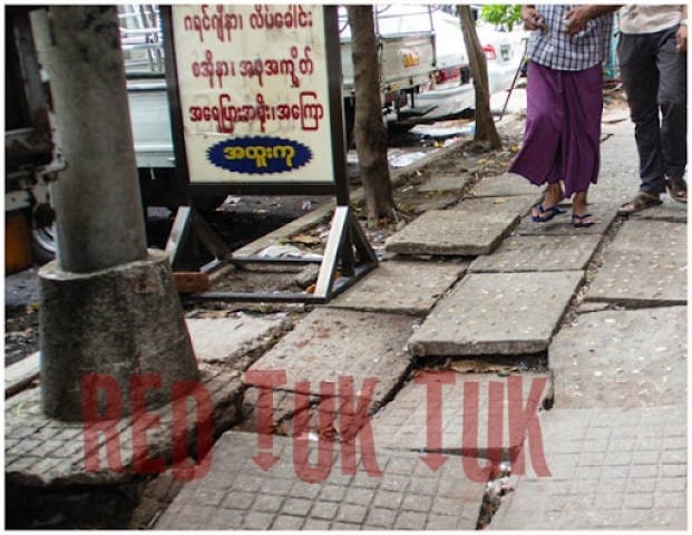 Rangoon footpaths, walking tour