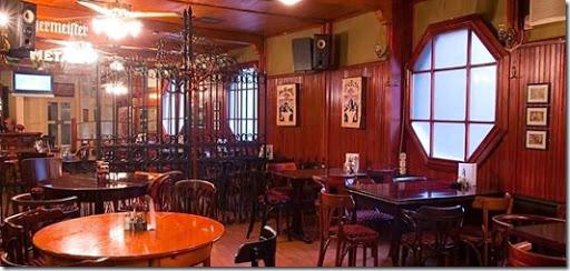 play pub house