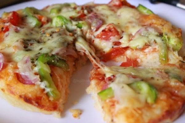 Veg pizza1