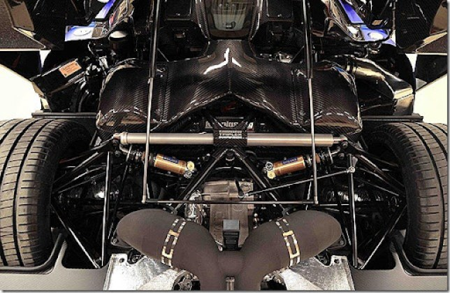 big_KoenigseggAgeraeAgeraRMY2013_05