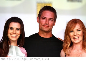 'Meghan Ory, Josh Holloway & Marg Helgenberger' photo (c) 2013, Gage Skidmore - license: http://creativecommons.org/licenses/by-sa/2.0/