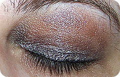 eyeshadowclosed