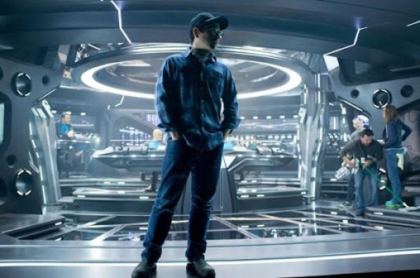 Star-Trek-Into-Darkness-review-5