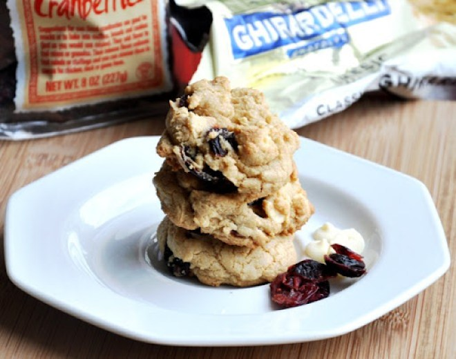 cranberry white chocolate chip cookies 143