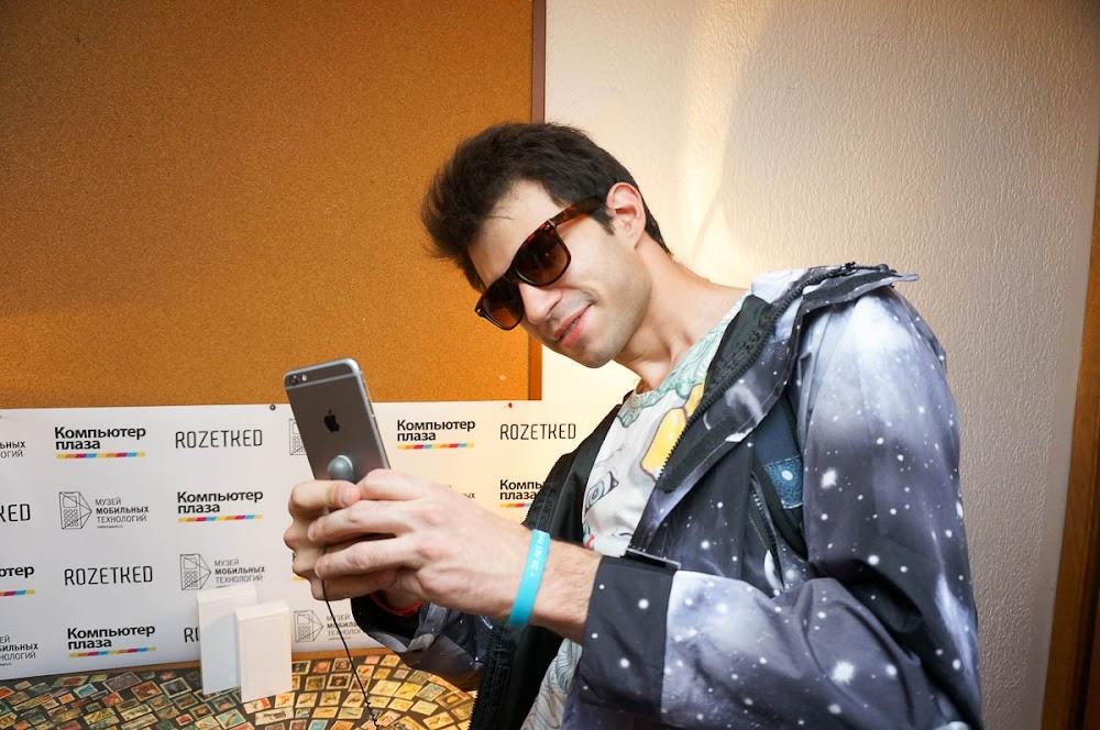 iPhone 6 event Russia-18.jpg