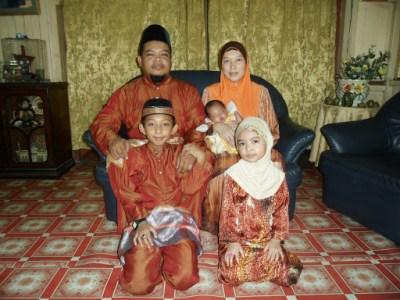 Saat-Saat Keakraban Hari Raya Bersama Samsung - whole family