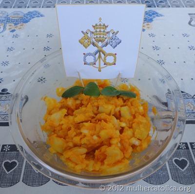 Maionese de Batatas com Creme de Cenoura