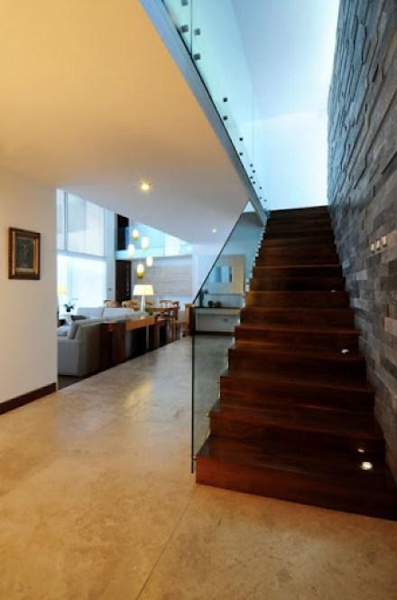 escaleras-casa-ev-ze-arquitectura