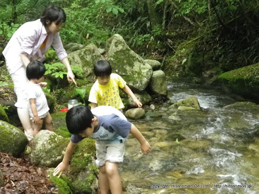 川遊び・サワガニとり