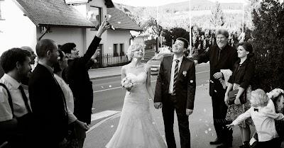 porocni-fotograf-wedding-photographer-poroka-fotografiranje-poroke- slikanje-cena-bled-slovenia-ljubljana-bled-hochzeitsfotografho (127).jpg