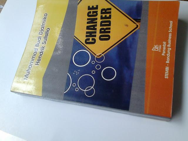 DSC_0038 Setting cover dan jilid buku
