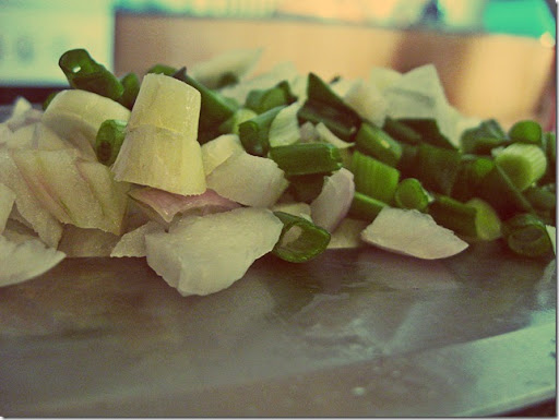 chopped_chives
