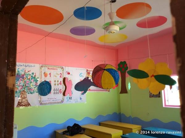1 aula con inerno rifatto notare il ventilatore.JPG