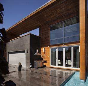 Casa-moderna-revestimiento-de-madera
