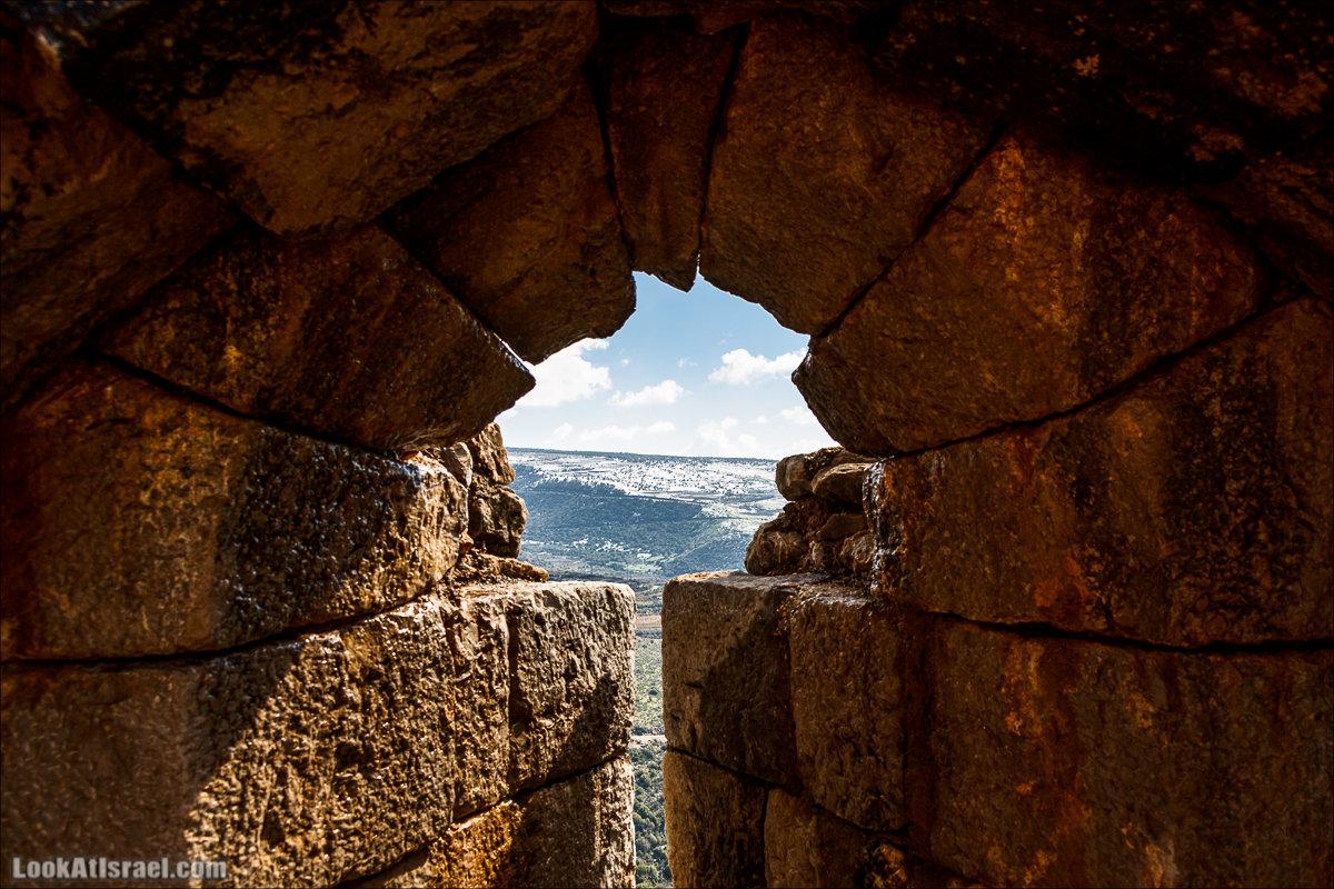 LookAtIsrael.com - Снег в крепости Нимрод, Израиль | Snow in Nimrod fortress, Israel | שלג במבצר נמרוד