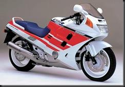Honda CBR1000F 87  3