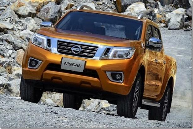 2015-Nissan-Navara-4