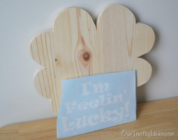 Our Thrifty Ideas | Lucky Shamrock Kit and Tutorial Plus a Giveaway | #Giveaway
