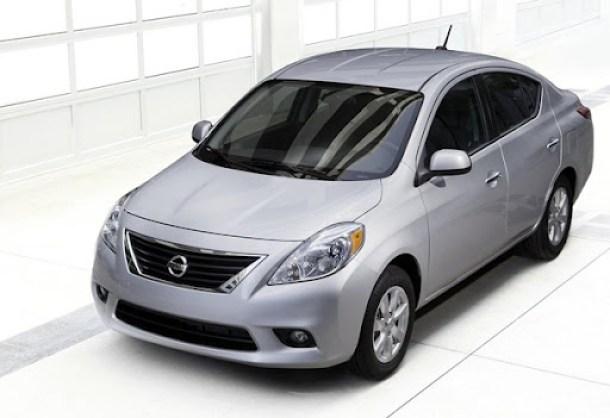 Nissan-Versa_Sedan_2012_1600x1200_wallpaper_02