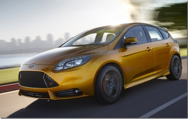 Ford-Focus_ST_2012_1600x1200_wallpaper_03