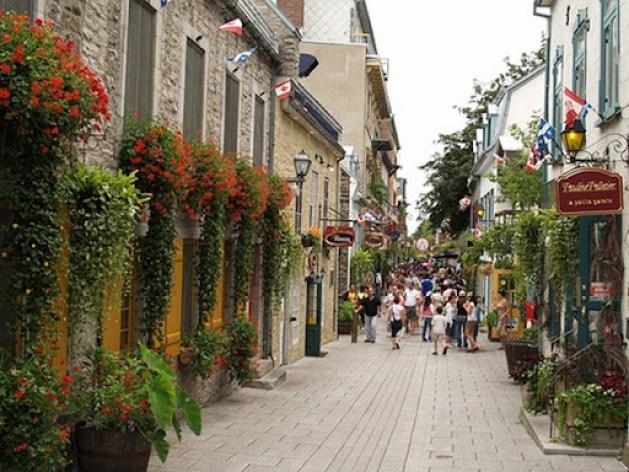 Rue-de-Petit-Champlain-Québec-City-Canada-by-palestrina55